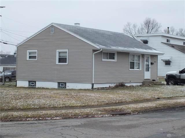 401 Travis Drive, Dayton, OH 45431 (MLS #833013) :: The Westheimer Group
