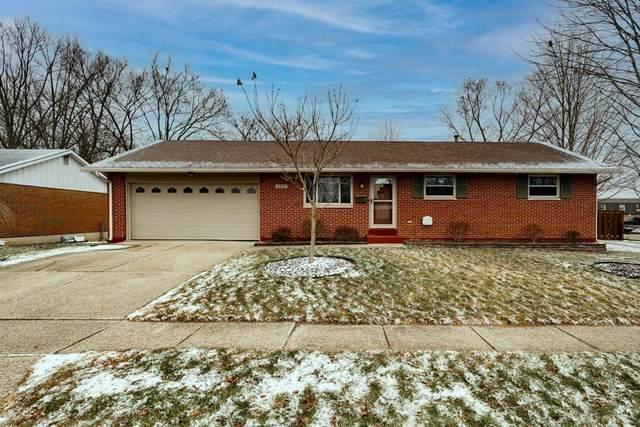 1231 Marsha Drive, Miamisburg, OH 45342 (MLS #833105) :: The Westheimer Group