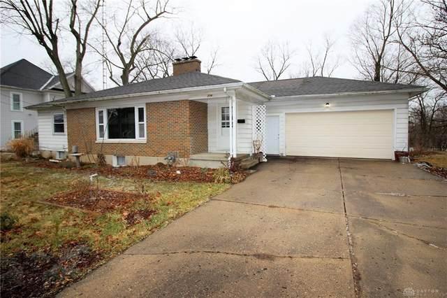 234 Oakwood Street, Greenville, OH 45331 (MLS #833108) :: Denise Swick and Company
