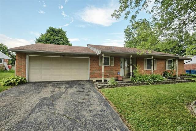 7225 Serpentine Drive, Huber Heights, OH 45424 (MLS #833201) :: Denise Swick and Company