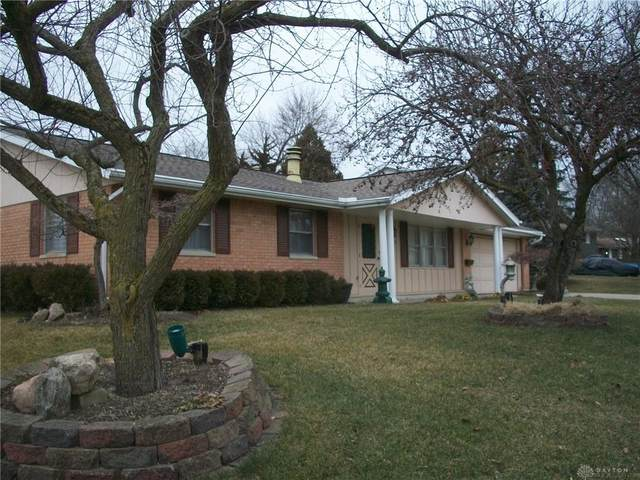 629 Wyckshire Court, Fairborn, OH 45324 (MLS #833303) :: Denise Swick and Company