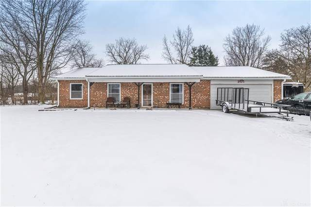 301 Fairfield Pike, Enon Vlg, OH 45323 (MLS #833421) :: Denise Swick and Company