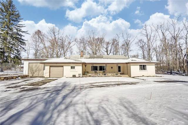 3568 Winston Churchill Drive, Beavercreek, OH 45432 (MLS #833457) :: Denise Swick and Company