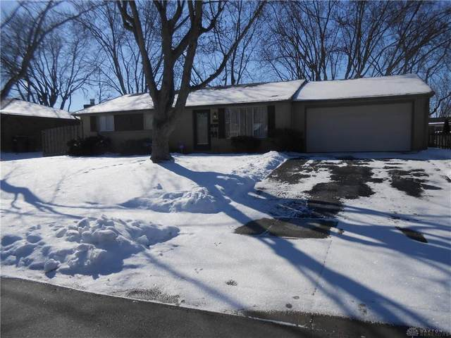 1013 Derringer Drive, Englewood, OH 45322 (MLS #833740) :: Denise Swick and Company