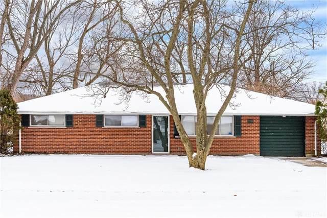 3590 Waterbury Drive, Kettering, OH 45439 (MLS #834120) :: Denise Swick and Company