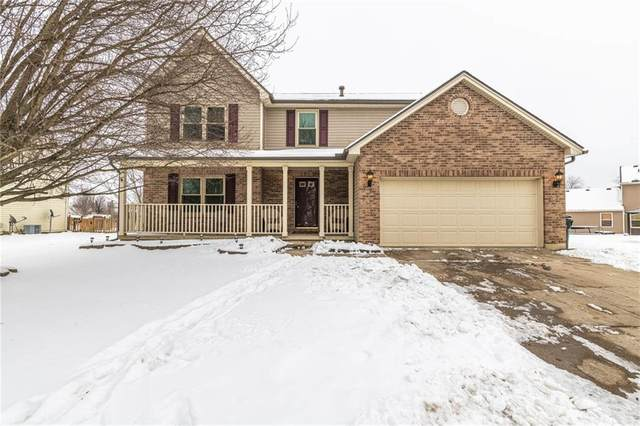 3015 W Barnhill Place, Xenia, OH 45385 (MLS #834231) :: Denise Swick and Company