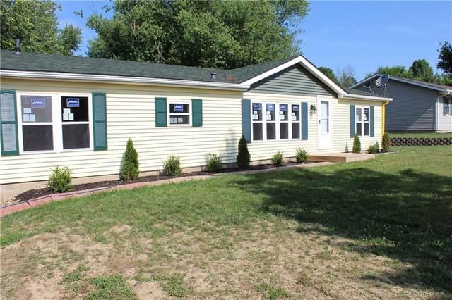135 Ocean Drive, Eaton, OH 45320 (MLS #834506) :: Denise Swick and Company