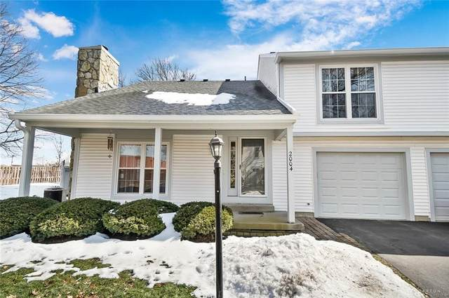 2004 Foxknoll Drive, Centerville, OH 45458 (MLS #834558) :: Denise Swick and Company
