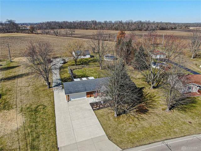 3572 Shawnee Trail, New Jasper Twp, OH 45335 (MLS #834893) :: Denise Swick and Company
