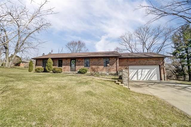 1326 Wallaby Drive, Beavercreek, OH 45432 (MLS #835313) :: The Swick Real Estate Group