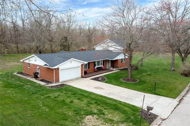 2879 Vickie Drive, Beavercreek, OH 45434 (MLS #835705) :: The Swick Real Estate Group