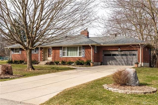 89 Parkhurst Road, Beavercreek, OH 45440 (MLS #836160) :: Bella Realty Group