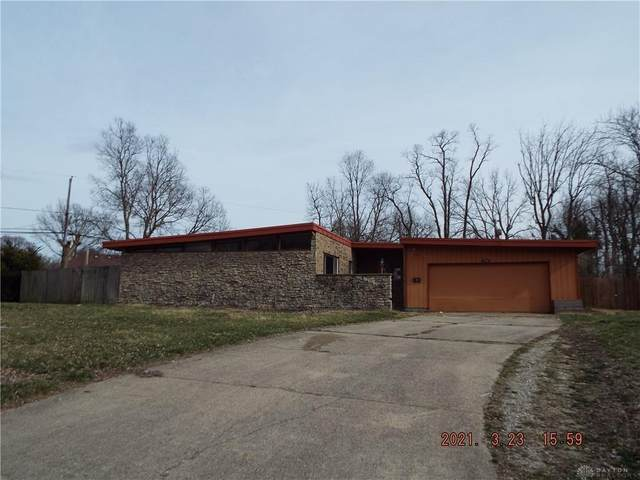 5754 Daphne Lane, Harrison Twp, OH 45415 (MLS #836249) :: The Westheimer Group