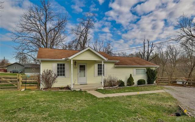 7178 Douglas Street, West Chester, OH 45069 (MLS #836391) :: Bella Realty Group