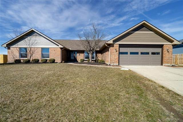 2437 Spicer Drive, Beavercreek, OH 45431 (MLS #836392) :: The Westheimer Group
