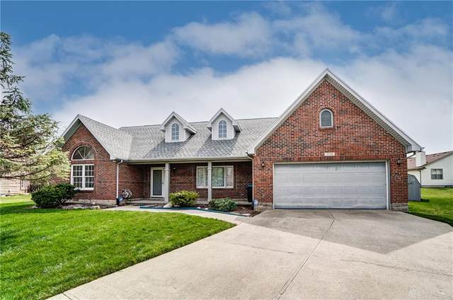 5534 Hearthside Court, Fairborn, OH 45424 (MLS #836597) :: Bella Realty Group