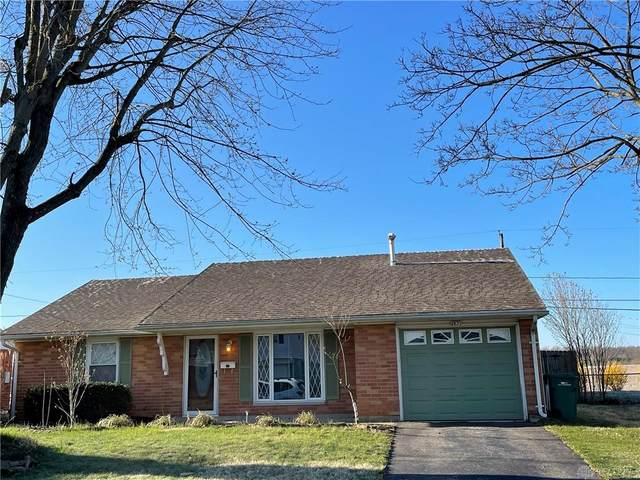 6831 Arnold Avenue, Enon Vlg, OH 45323 (MLS #836922) :: Bella Realty Group