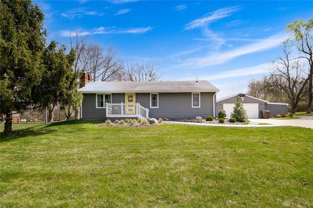 3772 Wilmington Dayton Road, Sugarcreek Township, OH 45370 (MLS #837089) :: The Gene Group