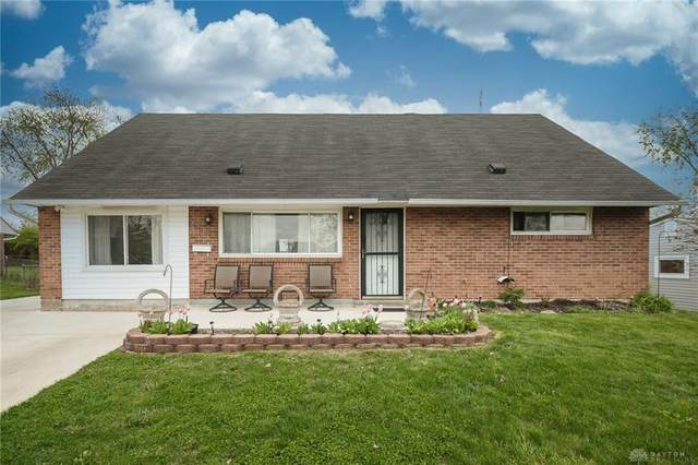 5730 Shady Oak Street, Huber Heights, OH 45424 (MLS #837093) :: The Swick Real Estate Group