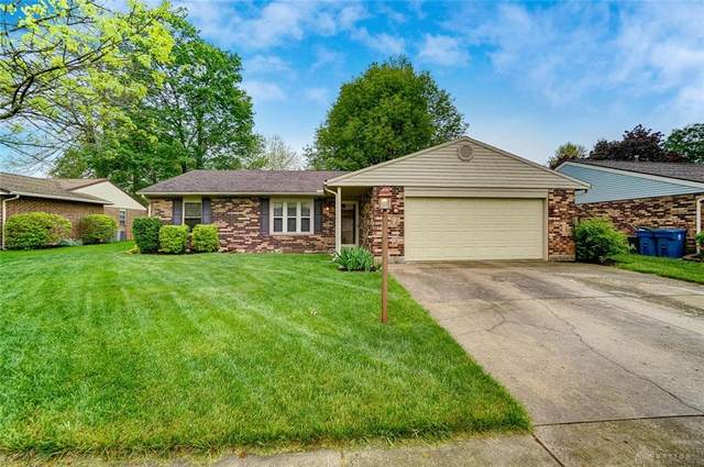 8985 Oakgate Court, Huber Heights, OH 45424 (MLS #837170) :: The Gene Group