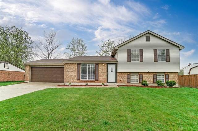 813 Ridge Road, Englewood, OH 45322 (MLS #837553) :: The Gene Group
