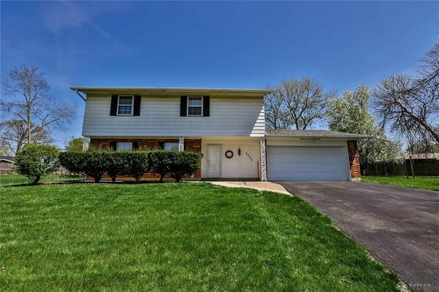 6541 Wrenview Court, Huber Heights, OH 45424 (MLS #837605) :: The Gene Group