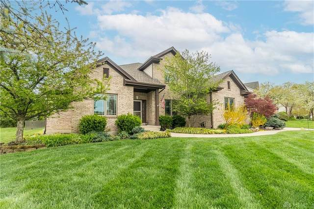 10608 Meadowfields Court, Dayton, OH 45458 (MLS #837684) :: The Gene Group