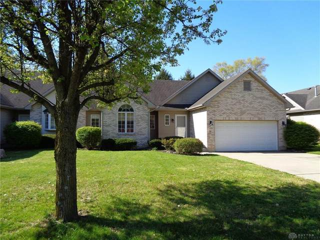 37 Knollview Court, Germantown, OH 45327 (MLS #838438) :: The Westheimer Group