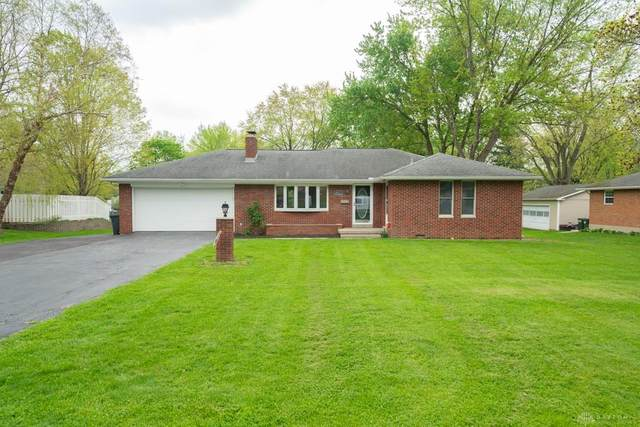4211 Whites Drive, Bellbrook, OH 45305 (MLS #838770) :: The Gene Group