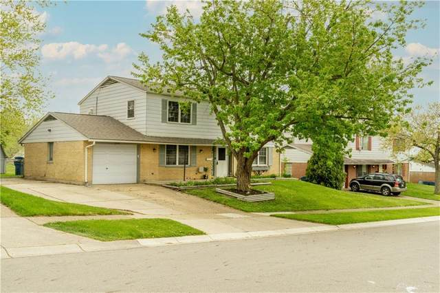 6022 Hemingway Road, Huber Heights, OH 45424 (MLS #838796) :: The Gene Group