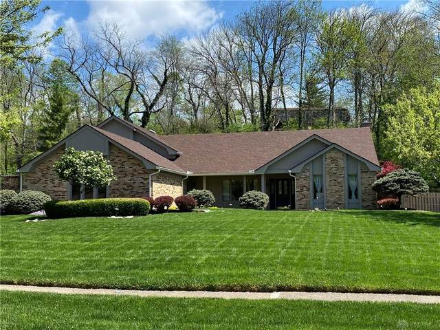 7460 Forest Brook Boulevard, Centerville, OH 45459 (MLS #838825) :: The Gene Group