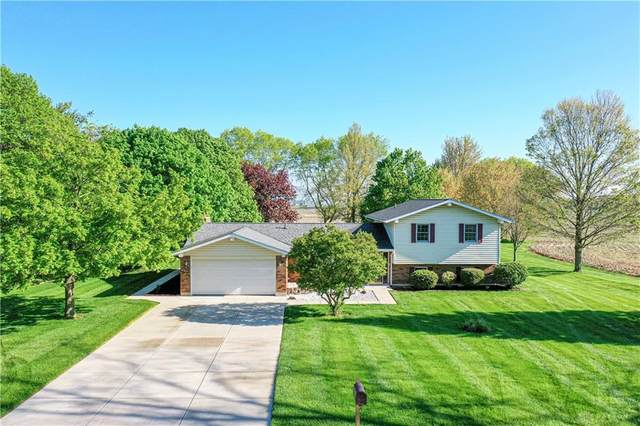 765 Diahann Drive, Tipp City, OH 45371 (MLS #838864) :: The Gene Group