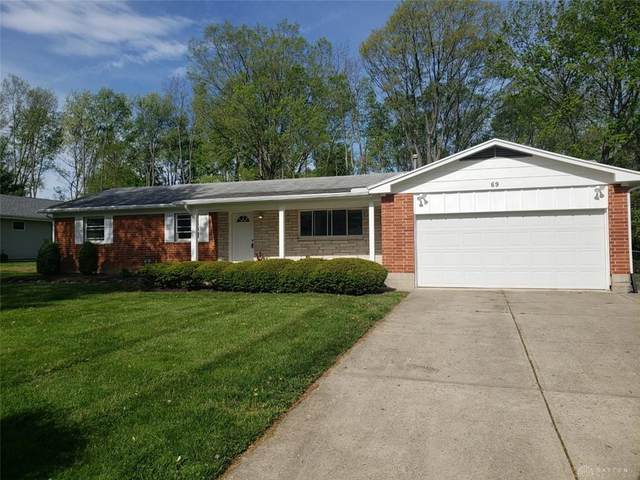 69 Pine Bluff Drive, Beavercreek, OH 45440 (MLS #839049) :: The Westheimer Group