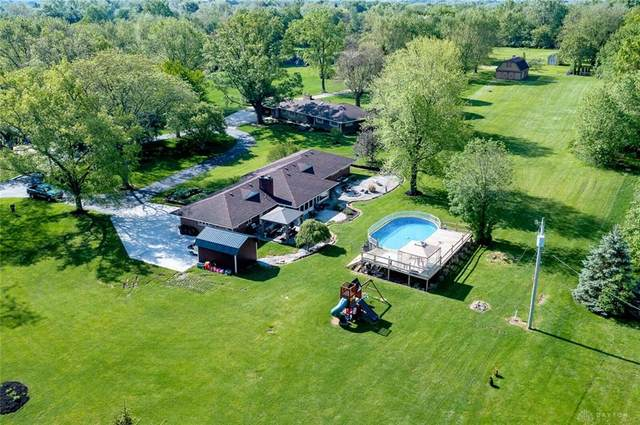 1730 E Alex Bell Road, Centerville, OH 45459 (MLS #839076) :: The Swick Real Estate Group