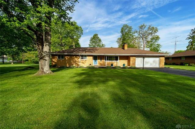 1027 Firewood Drive, Beavercreek, OH 45430 (MLS #839237) :: The Gene Group