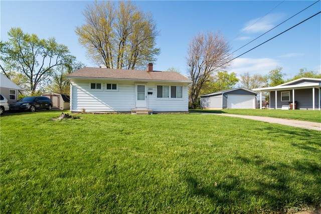 3915 Thompson Drive, Dayton, OH 45416 (MLS #839836) :: The Gene Group