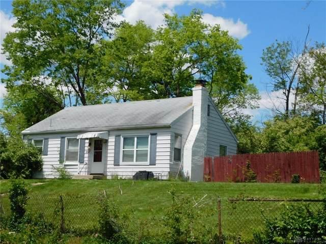 1837 Pinecrest Drive, Dayton, OH 45414 (#839969) :: Century 21 Thacker & Associates, Inc.