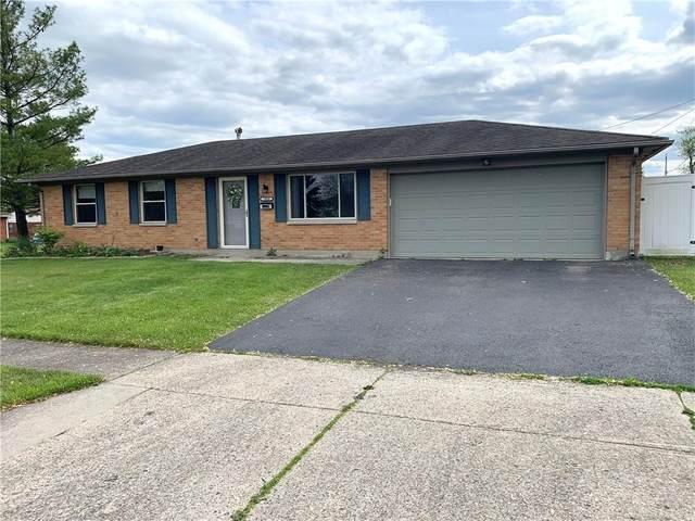 7820 Redbank Lane, Dayton, OH 45424 (MLS #840005) :: The Gene Group