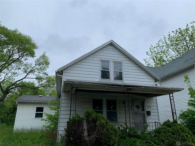 933 Iola Avenue, Dayton, OH 45417 (#840006) :: Century 21 Thacker & Associates, Inc.