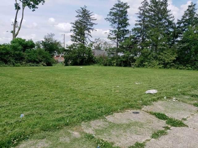 301 Pine Ridge Road, Dayton, OH 45405 (MLS #840470) :: The Westheimer Group