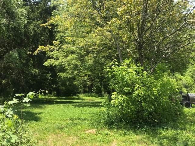 8421 Edgewater Road, Deerfield Twp, OH 45039 (MLS #840599) :: The Gene Group