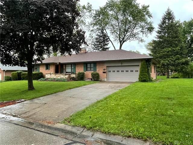 192 E Elmwood Drive, Centerville, OH 45459 (MLS #841229) :: The Gene Group