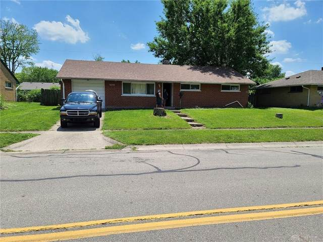 5230 Harshmanville Road, Huber Heights, OH 45424 (MLS #842223) :: The Gene Group