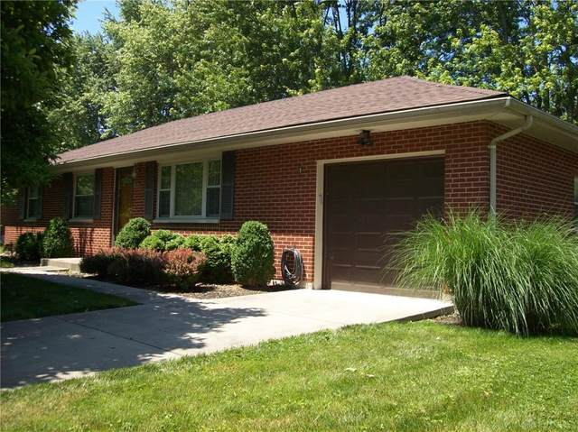 805 Fallview Avenue, Englewood, OH 45322 (MLS #842525) :: The Gene Group