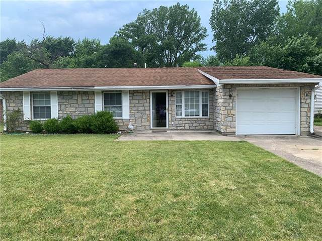 5243 Wakefield, Fairborn, OH 45324 (MLS #842616) :: The Gene Group