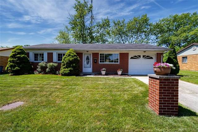 7200 Cosner Drive, Huber Heights, OH 45424 (MLS #842691) :: The Gene Group
