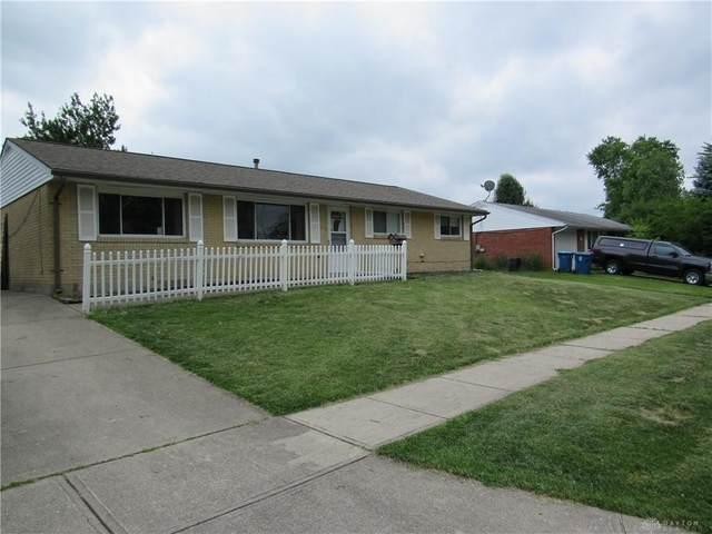 7414 Cedar Knolls Drive, Huber Heights, OH 45424 (MLS #842864) :: The Gene Group