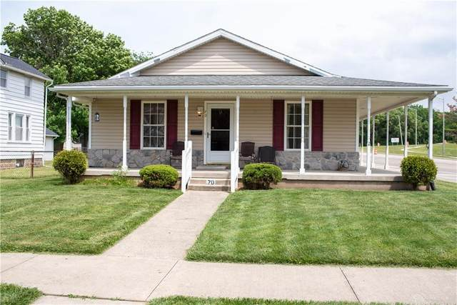 70 S Pleasant Avenue, Fairborn, OH 45324 (MLS #842892) :: The Westheimer Group