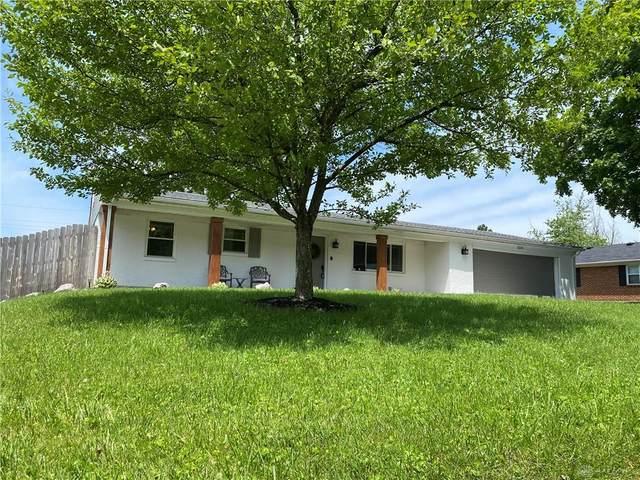 2091 S Lakeman Drive, Bellbrook, OH 45305 (MLS #843144) :: The Gene Group