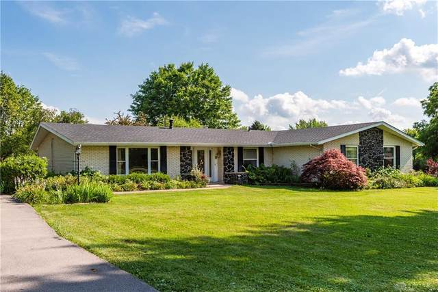 669 W Dayton Yellow Springs Road, Fairborn, OH 45324 (MLS #843779) :: The Swick Real Estate Group